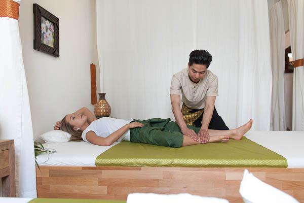 Lanbun, Traditionelle Thai Massage Therapie in Frankfurt